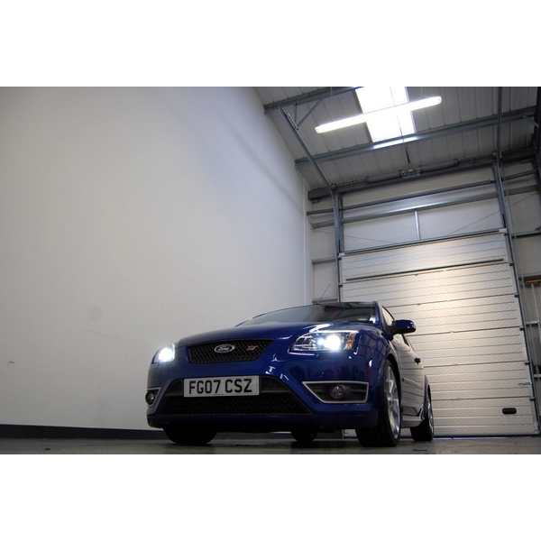 Ford Focus 2.5 ST-2 + FSH + LOW MILEAGE + XENONS