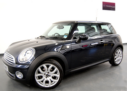 Mini Cooper 1.6 3DR + Chili Pack + Extras, 3 Doors, Manual, Hatchback, Petrol, 2008 58 Reg